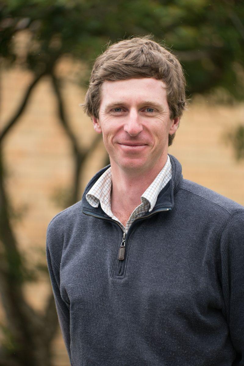 Mr Derek Schneider, Senior Technical Officer, UNE